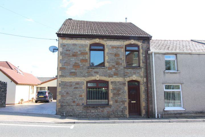 Ael-y-Bryn, Beaufort, Ebbw Vale, NP23
