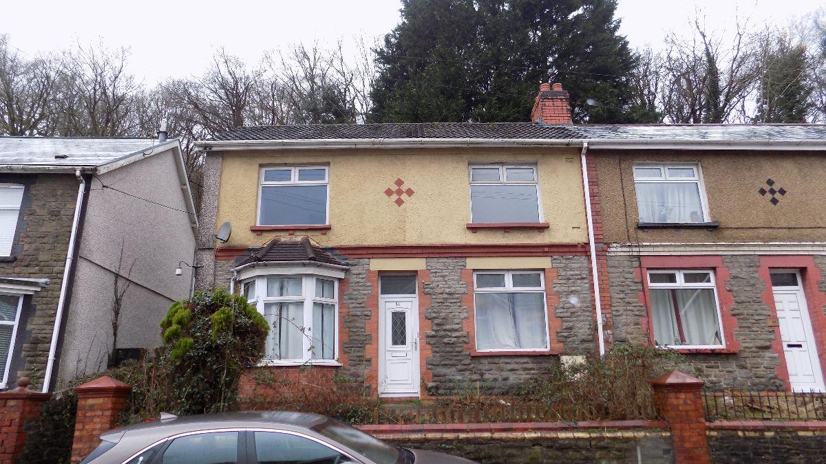 North Road, Newbridge, Newport. NP11 4AF.