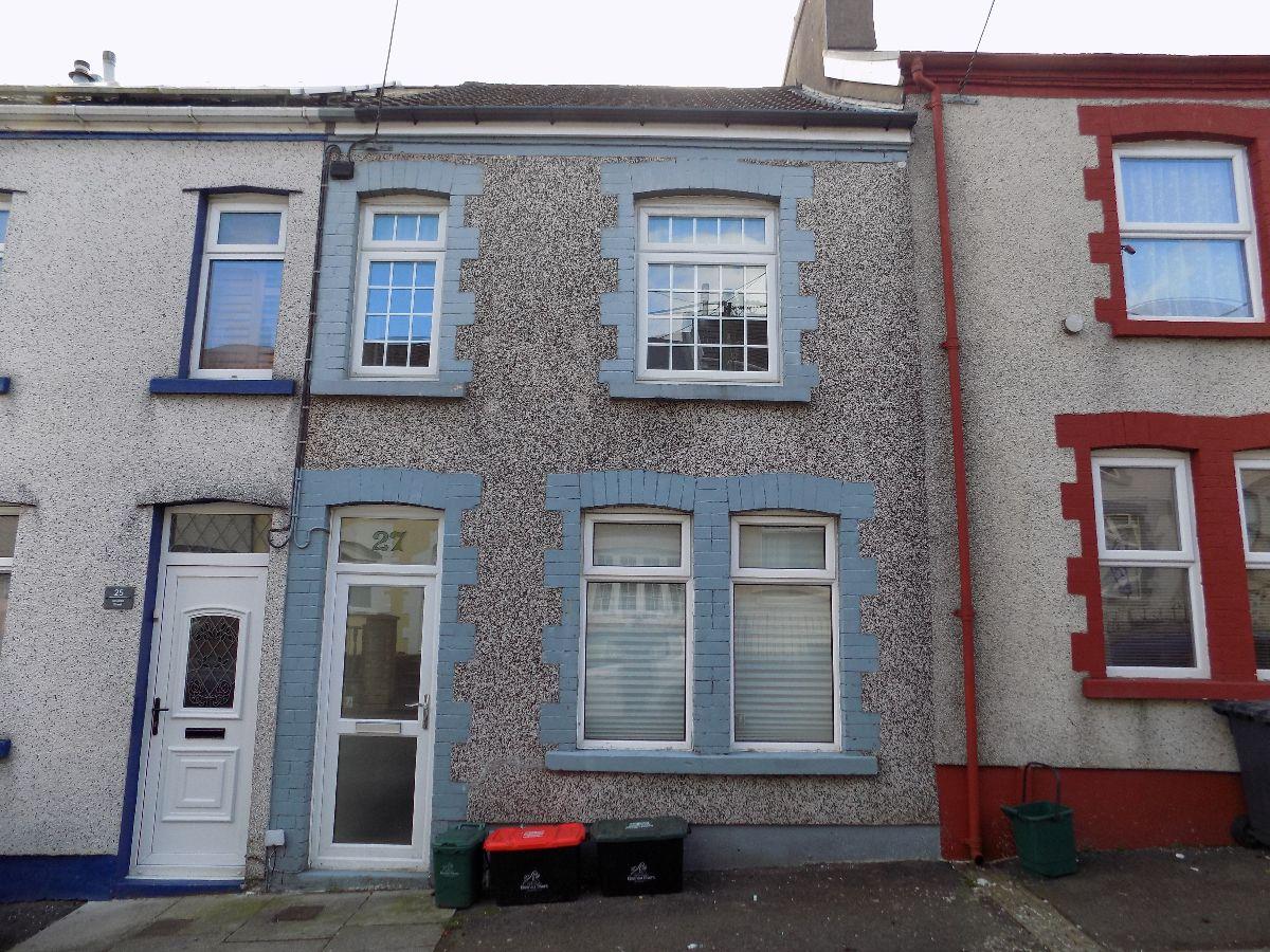 Neuadd Street, Abertillery. NP131NP